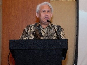H.E. Arzaf Fachrezy Firman, Consul General of the Republic of Indonesia.jpeg (640x427) Cropped